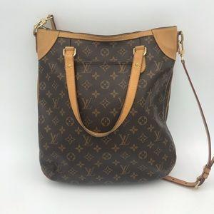 Louis Vuitton Bags - Louis Vuitton Odeon GM monogram with strap